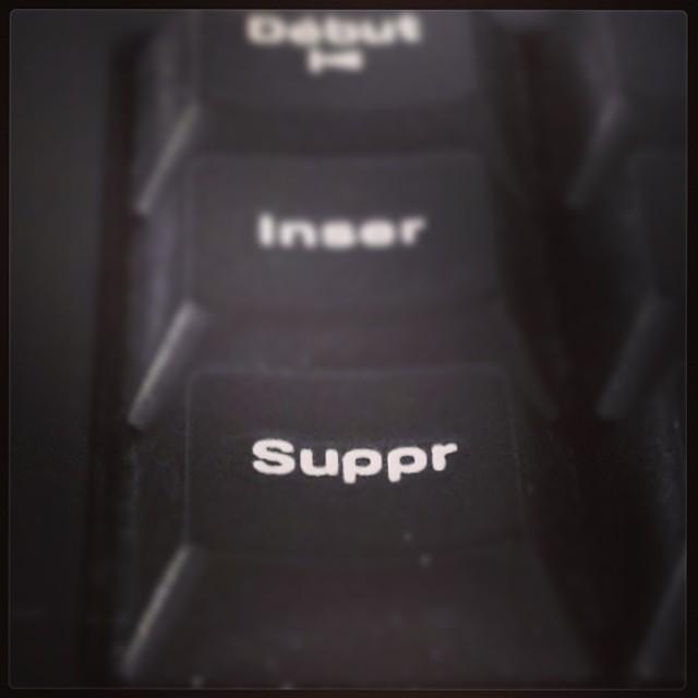 [Instagram] Touché pour se faire de la place dans l'agenda. N'en jetez plus, le coupe est pleine. #saturé