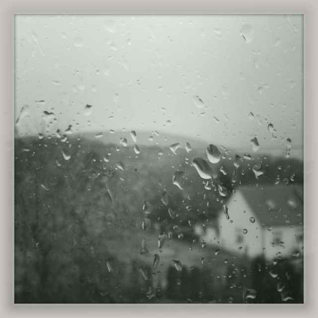 [Instagram] Il pleut, la photo ne nontre pas le déluge. #alsace #pluie