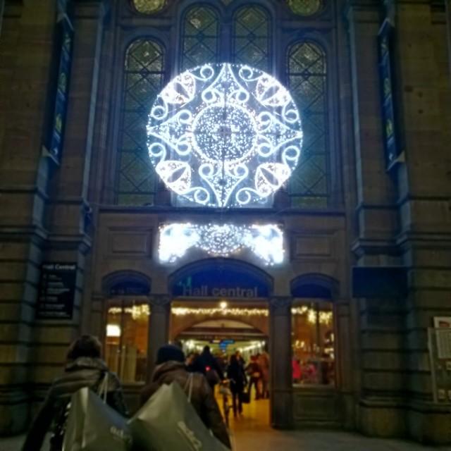 [Instagram] Illuminations de la gare de #strasbourg #noel
