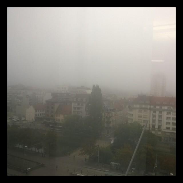 [Instagram] On a volé la #cathedrale de #strasbourg. #brouillard #alsace