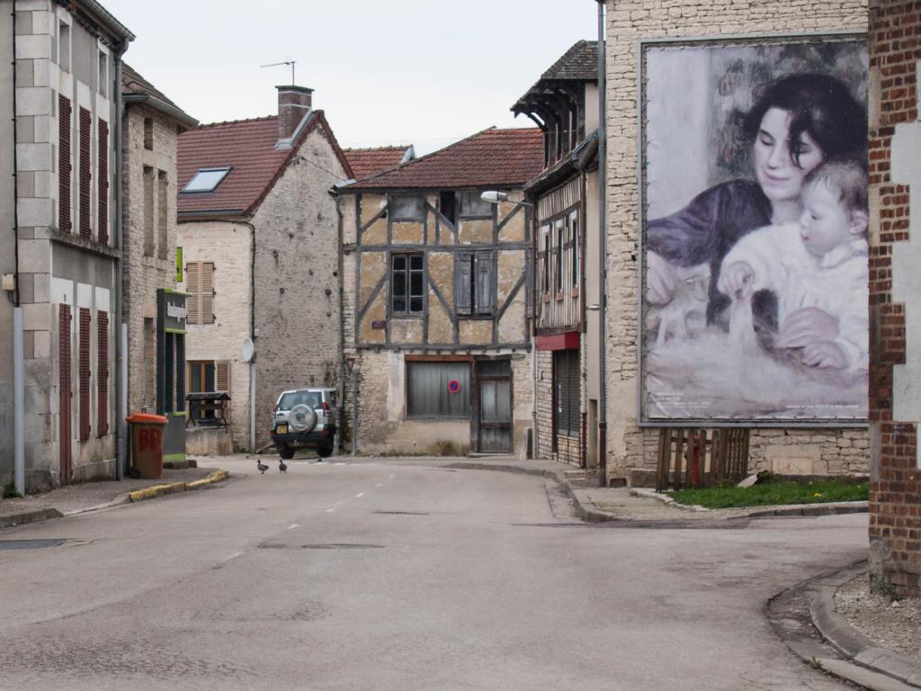 Le village de Renoir  et les canard