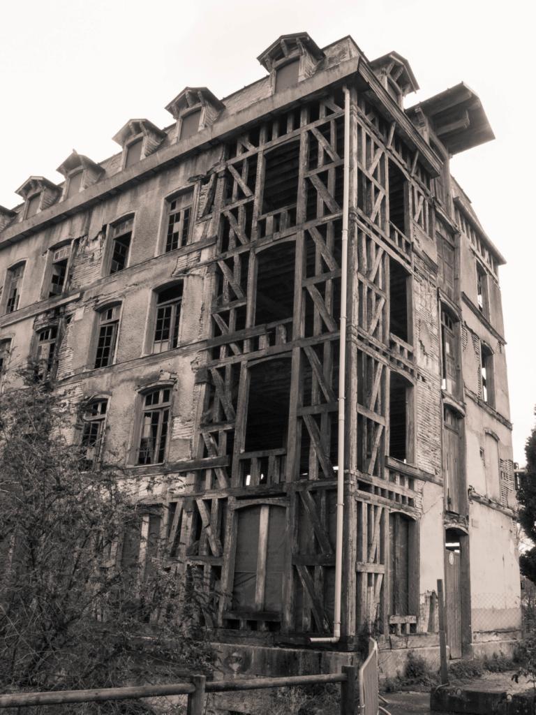 A l'aplomb du vieux moulin de Bar-Sur-Seine